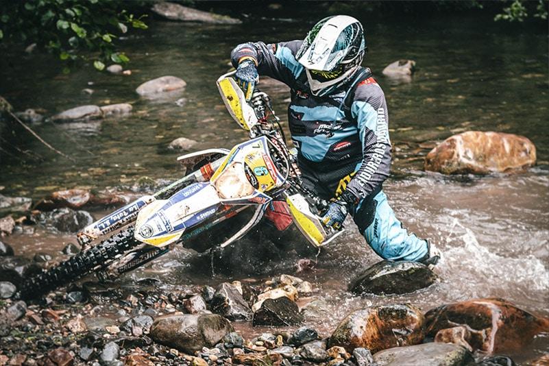 ejercicios-de-fuerza-en-casa-para-motocross-hard-enduro-enduro-mtb-y-deportes-off-road