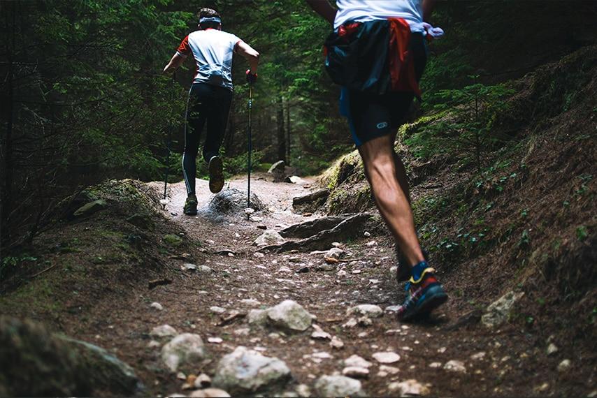 lo que necesitas correr en ayunas powering offroad