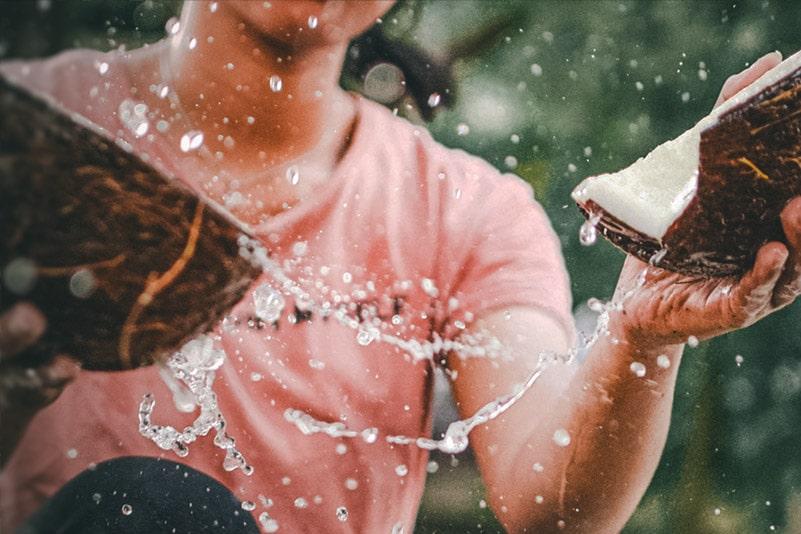 por que tomar agua de coco beneficios